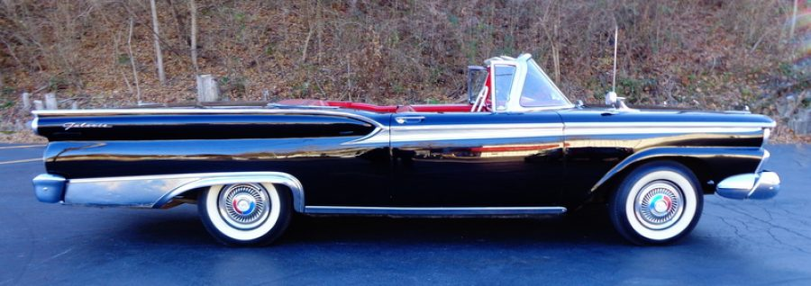 1959 Ford Fairlane 500 Galaxie - Branson Auction Classic and
